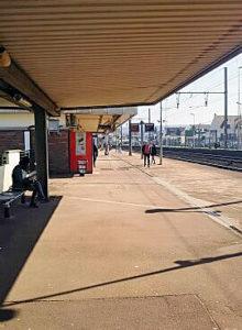 ヴィルプル・レ・クレイ駅