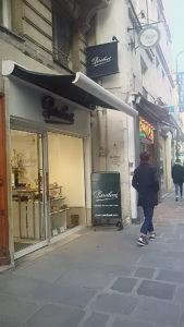 Paris サントノーレ店👞
