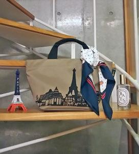パリ限定 スカーフ巻き